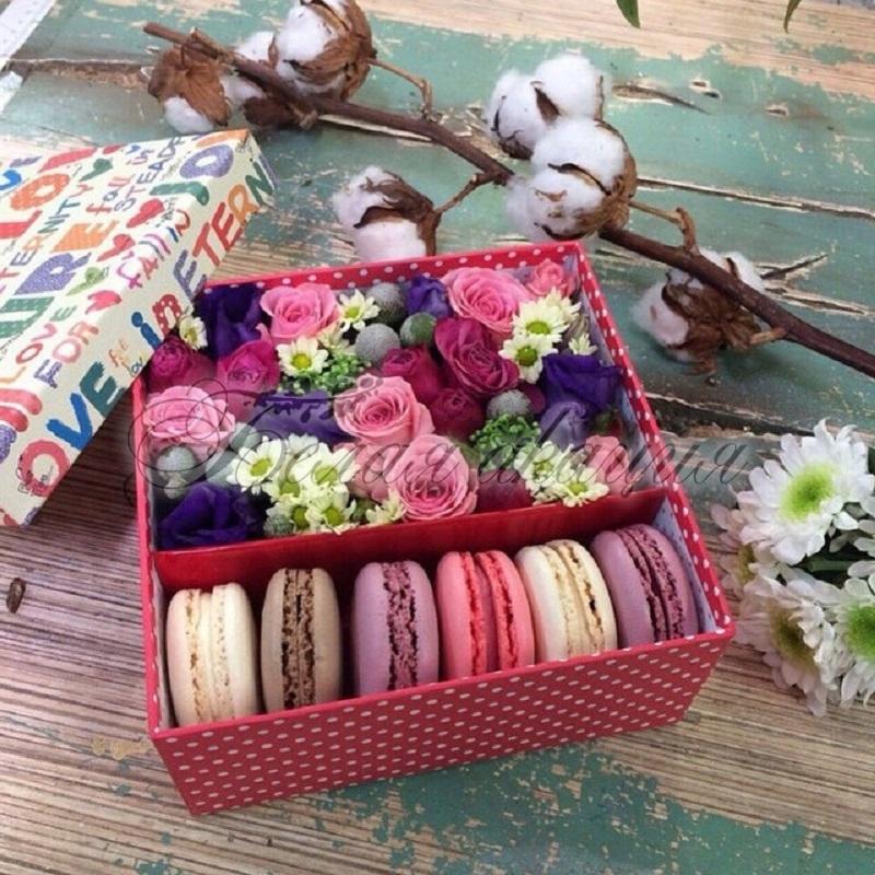 Подарок с макаронами и цветами 84
